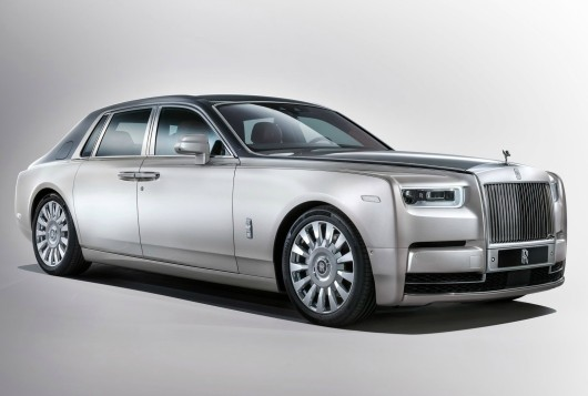 Rolls-Royce-Phantom-2018-1600-01