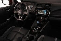 Nissan-Leaf-2018-1600-26