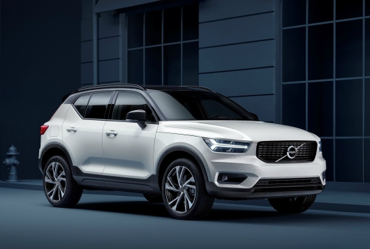 Volvo-XC40-2018-1600-01