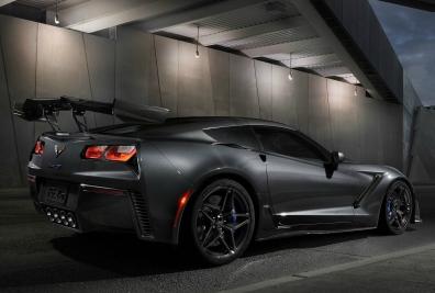 Chevrolet-Corvette_ZR1-2019-1600-04