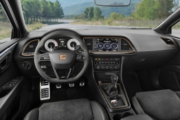 Seat-Leon_Cupra_R-2018-1600-1c