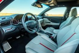 Hyundai-Veloster-2019-1600-19