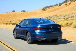 Volkswagen-Jetta-2019-1600-0f