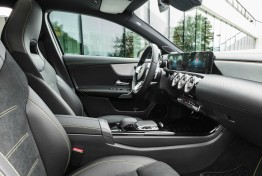 Mercedes-Benz-A-Class-2019-1600-39