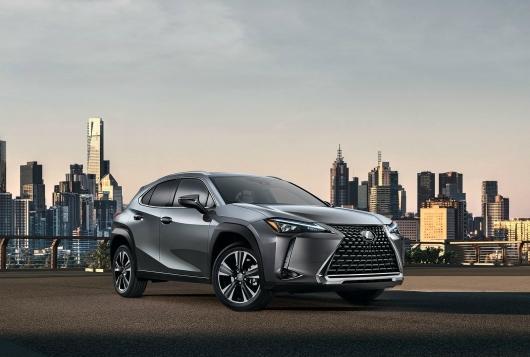 Lexus-UX-2019-1600-02