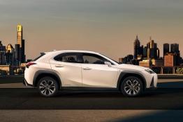 Lexus-UX-2019-1600-03