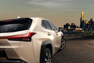Lexus-UX-2019-1600-38