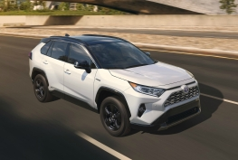 Toyota-RAV4-2019-1600-07