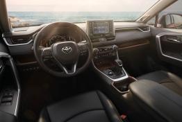 Toyota-RAV4-2019-1600-11