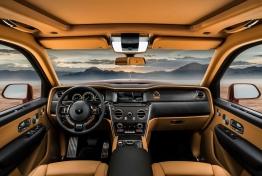 Rolls-Royce-Cullinan-2019-1600-16